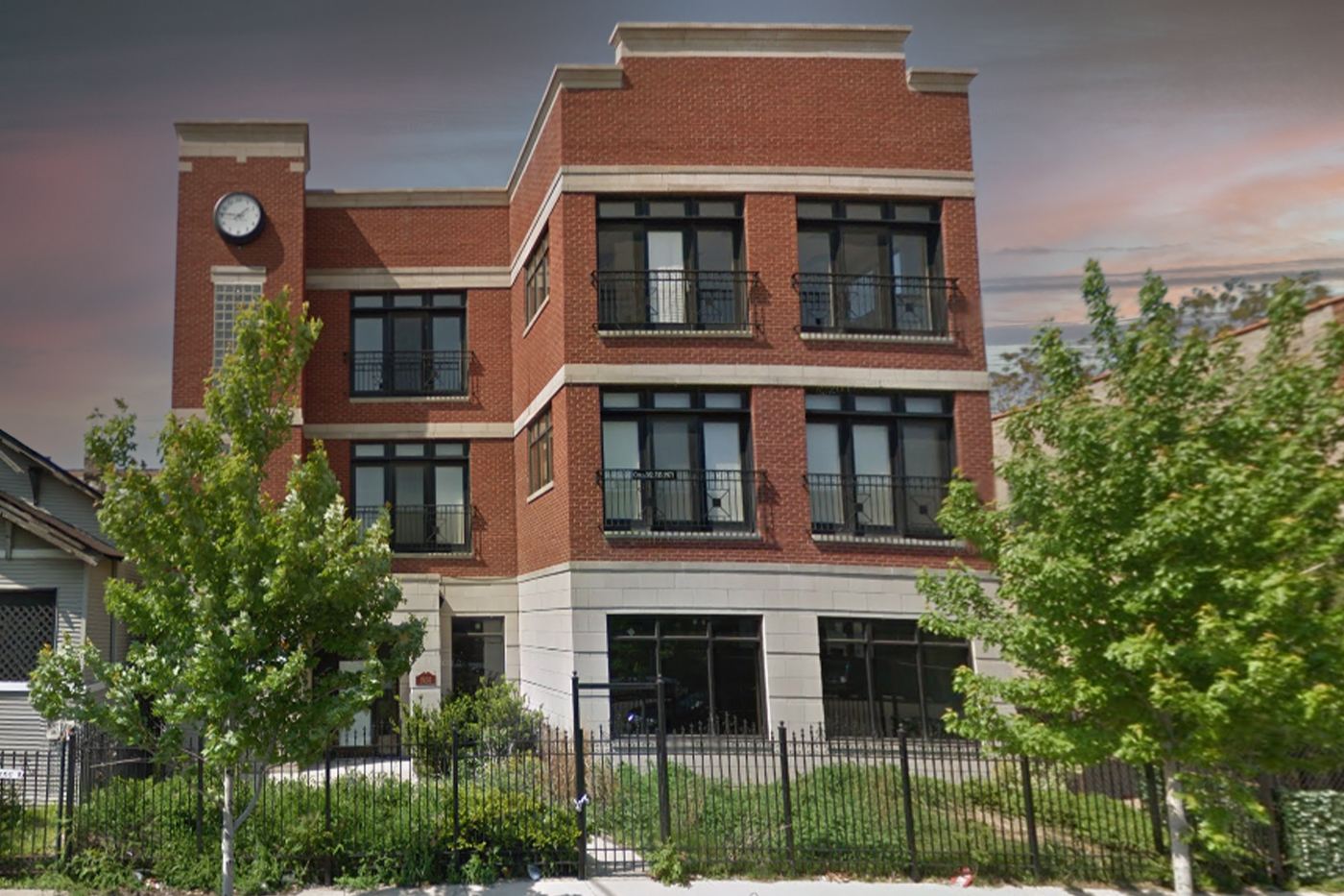 Owner/Occupant buys 1928 W. Fulton St