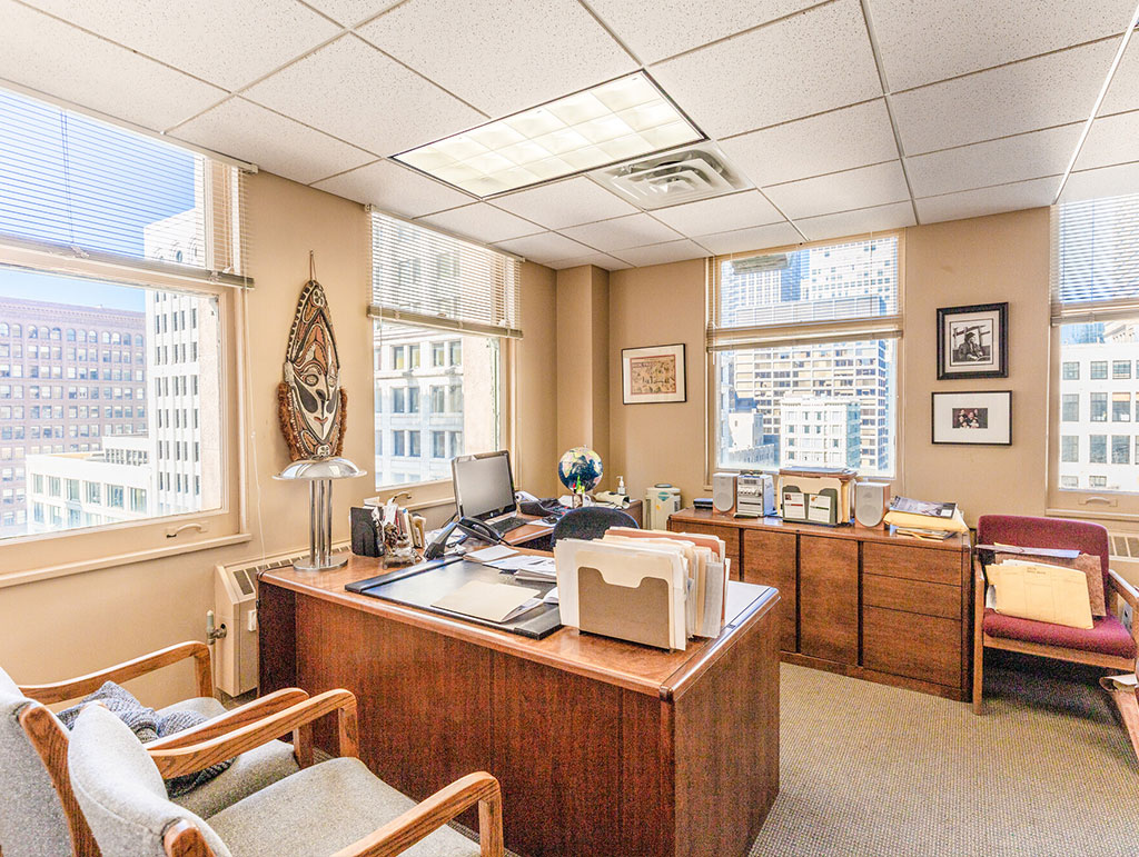 111 N Wabash Ave, Chicago, IL 60602