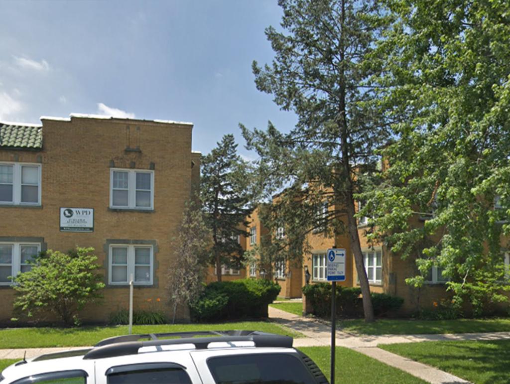 7442 S Calumet Avenue, Chicago, IL 60619