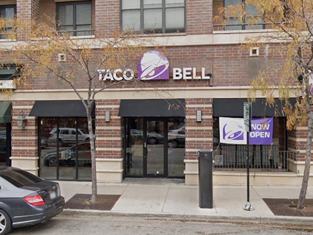 920 W Belmont Avenue, Chicago, IL 60657