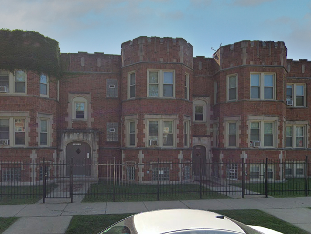 12000 S Eggleston Avenue, Chicago, IL 60628