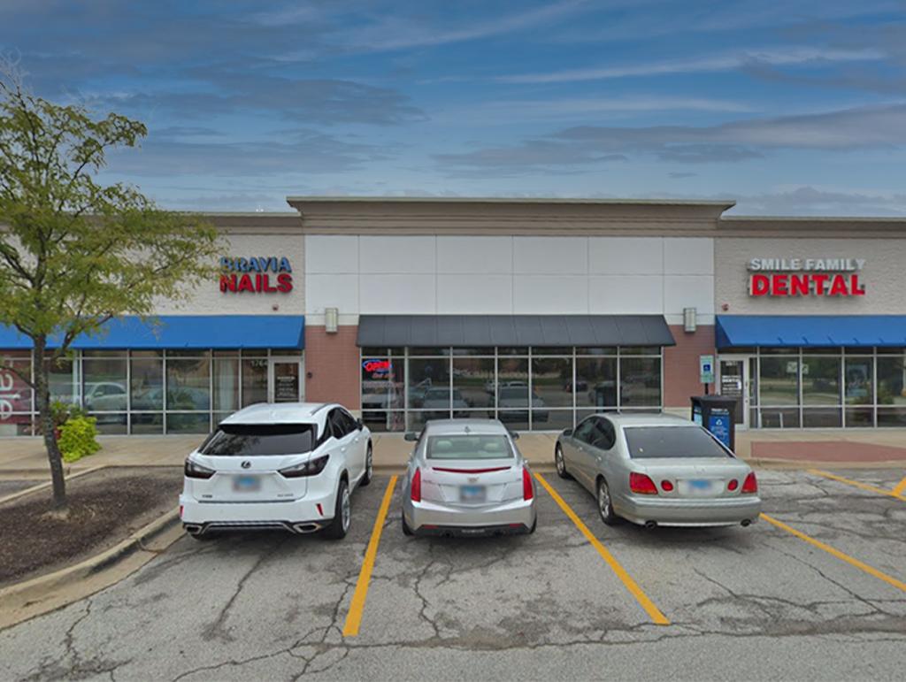 1764-66 Douglas Road, Unit 19, Oswego, IL 60543
