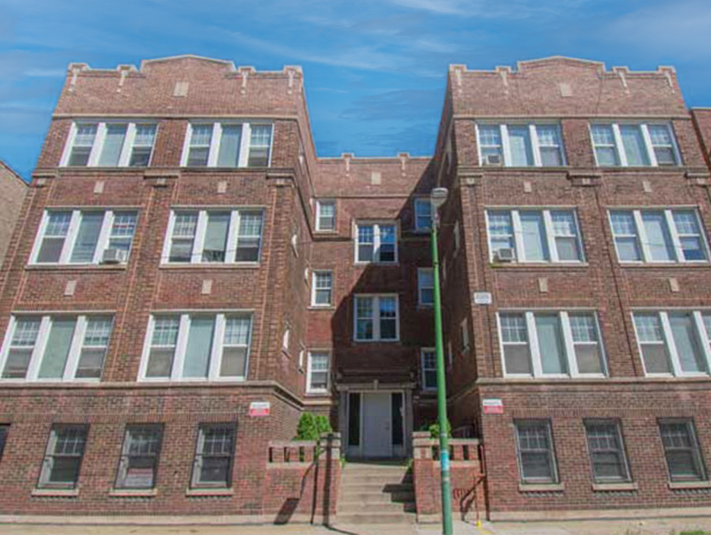 7415 Colfax Ave, Chicago, IL 60649