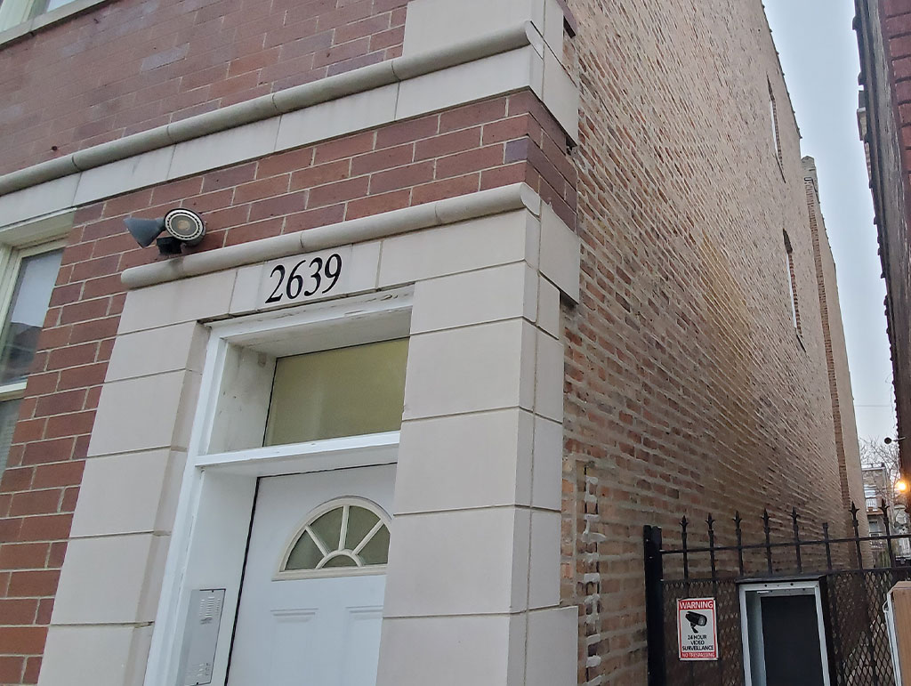 2639 W Hirsch St, Chicago, IL 60622