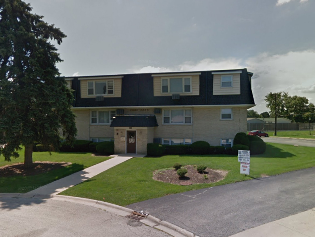 9737 Lorraine Drive, Countryside, IL 60525